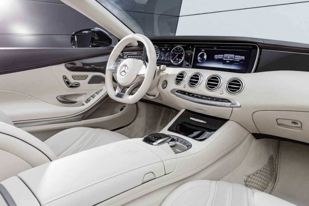 Mercedes-AMG S 65 Cabrio, Interieur: Leder Porzellan interior: leather porcelaine